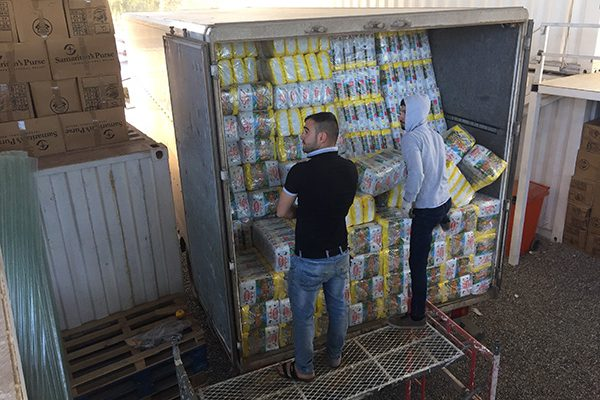 diapers for refugees - unloading